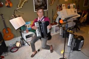 MUSIKUNTERRICHT FÜR ERWACHSENE musikunterricht fÜr erwachsene Unterricht für Erwachene Musikunterricht Muenster musikunterricht in muenster privater musikunterricht muenster3d 300x199