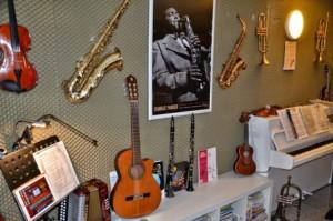 MUSIKUNTERRICHT FÜR ERWACHSENE musikunterricht fÜr erwachsene Unterricht für Erwachene Musikunterricht Muenster musikunterricht in muenster privater musikunterricht muenster5d 300x199