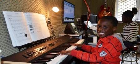 Musikunterricht in Münster Musikschule-Münster-MOTET-Unterricht-Schule für Musik 2016  Bilder a News 2016 Musikunterricht Musikschule Muenster Unterricht Schule Musik Muenster 14
